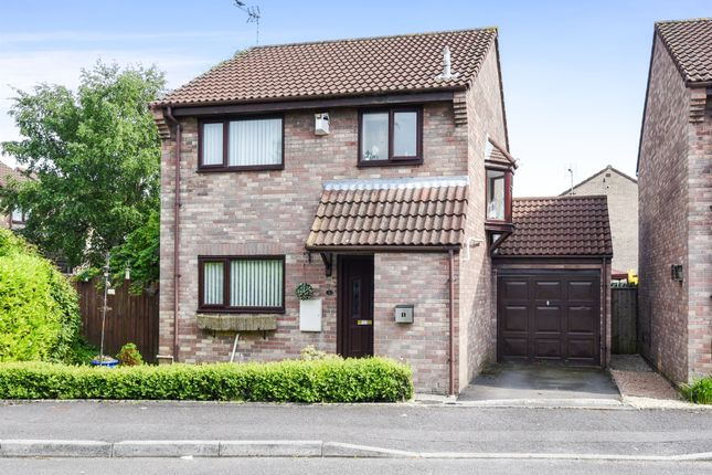 Thumbnail Detached house for sale in Meadow Vale, Barry