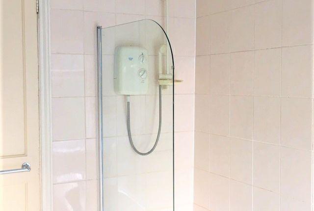 Bathroom of The Avenue, Acocks Green, Birmingham B27