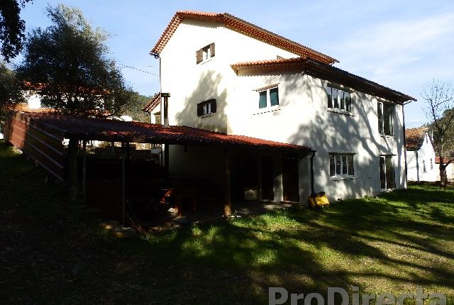 Thumbnail Country house for sale in Cabreira, Cadafaz E Colmeal, Góis, Coimbra, Central Portugal