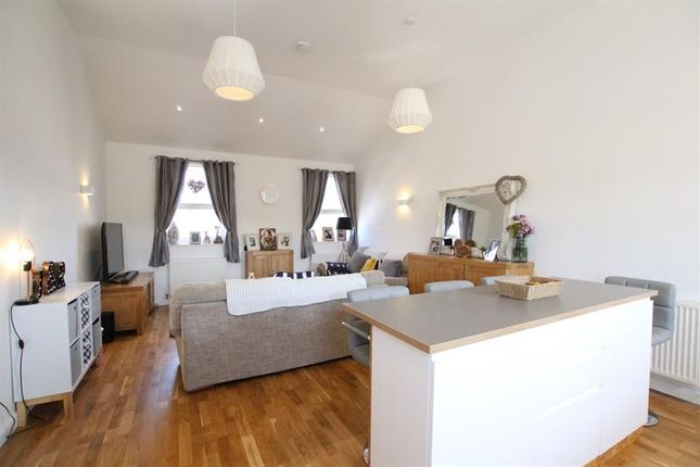 Thumbnail Flat to rent in Market Street, Builth Wells, Powys