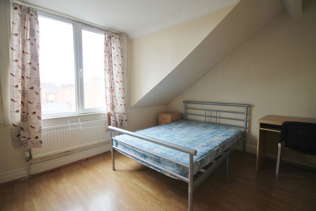 Thumbnail End terrace house to rent in Barclay Street, West End, Leicester