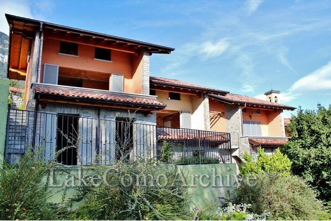 4 bed town house for sale in Menaggio, Lake Como, 22017, Italy
