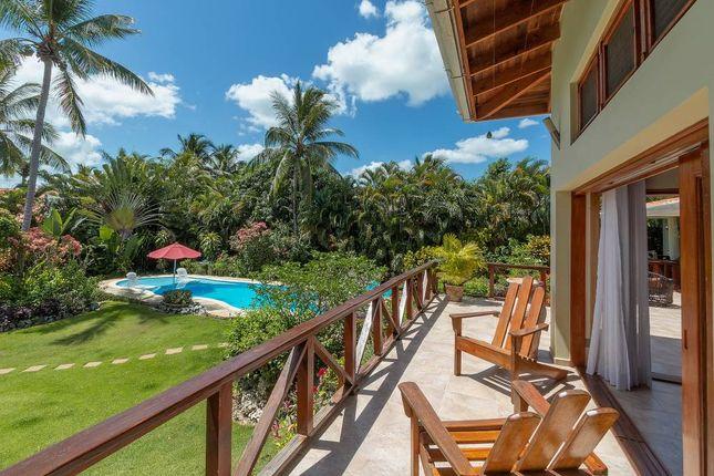 Thumbnail Villa for sale in Family Villa - Exclusive Community