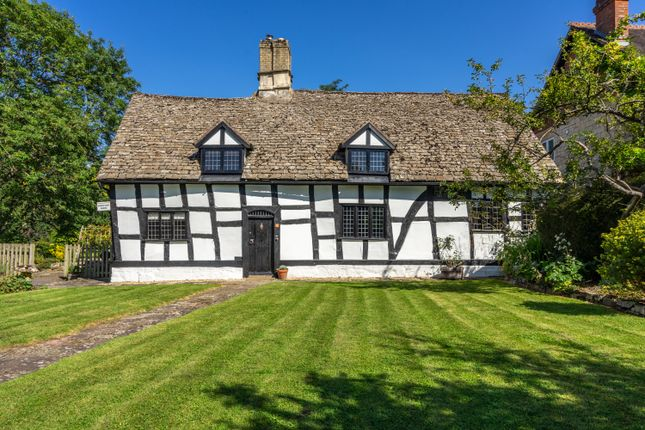 5 bed farmhouse to rent in Bondend Road, Upton St. Leonards, Gloucester GL4