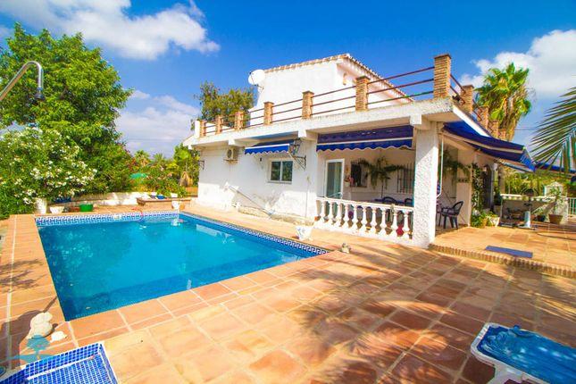 5 bed country house for sale in Pizarra, Málaga, Spain