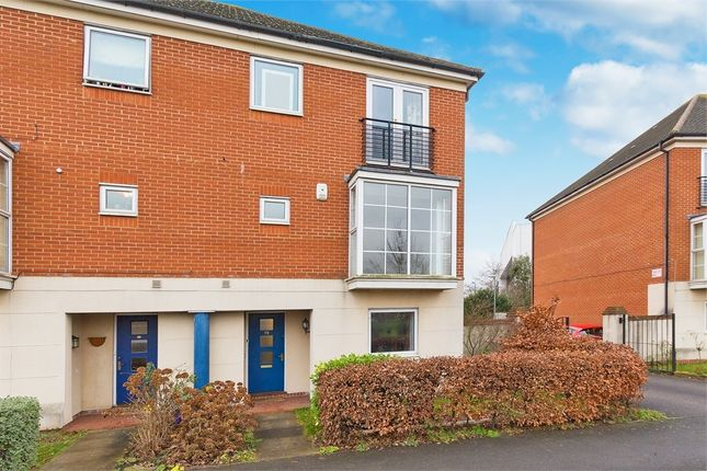 Thumbnail End terrace house to rent in Grasholm Way, Langley, Berkshire