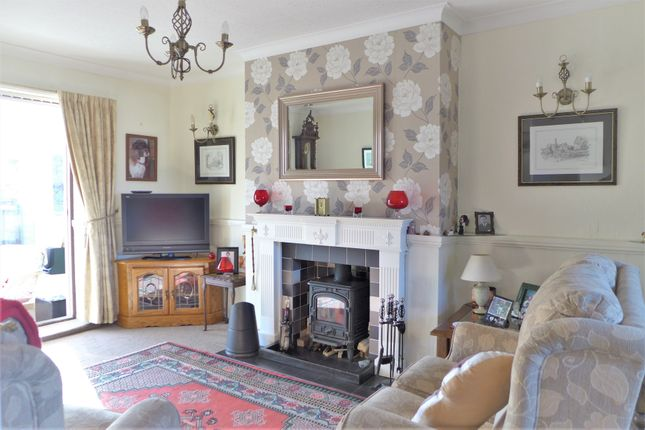 Thumbnail Semi-detached bungalow for sale in Smithfield Close, Ripon