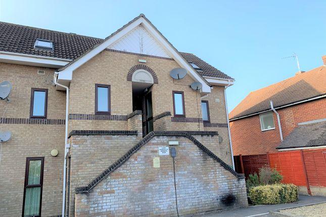 1 bed flat to rent in Kenilworth Gardens, Melksham SN12