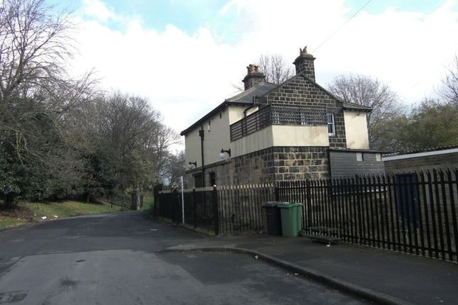 Thumbnail Detached house for sale in Kimberley Road, Leeds