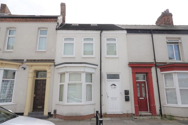 1 bed block of flats for sale in Egglestone Terrace, Stockton-On-Tees TS18