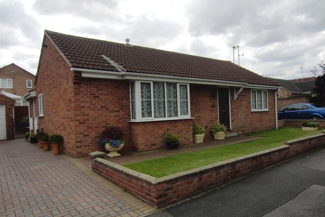Thumbnail Detached bungalow to rent in Showfield Close, Sherburn In Elmet, Leeds