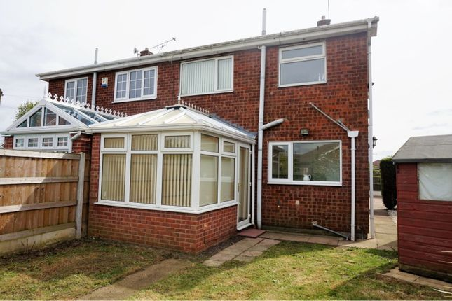 Rear View of Oakwood Drive, Doncaster DN3