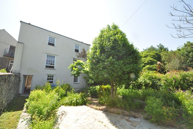 6 bed end terrace house to rent in The Square, Penryn TR10
