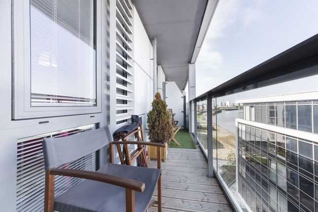Photo 2 of Jubilee Court, 20 Victoria Parade, London SE10