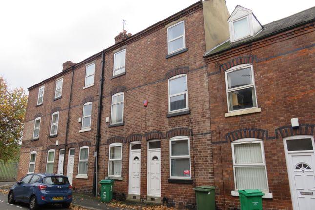 Terraced house to rent in Hart Street, Lenton, Nottingham