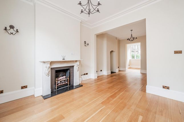 Thumbnail Property to rent in Lamont Road, London
