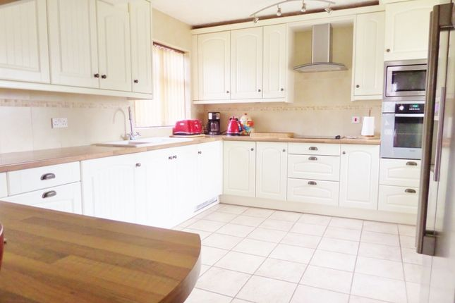 Thumbnail Detached bungalow for sale in Beach Drive, Scratby
