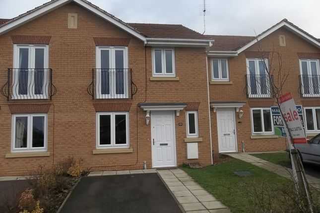 Thumbnail Town house to rent in Sunningdale Way, Gainsborough