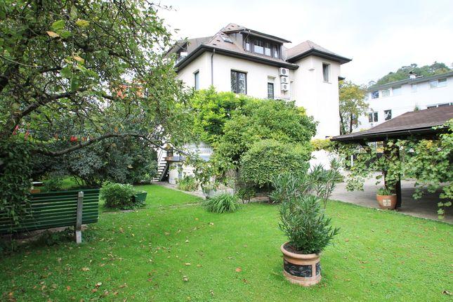 Thumbnail Villa for sale in Ljubljana, Slovenia