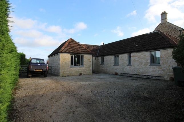 Thumbnail Bungalow to rent in Studley Hill, Studley, Calne
