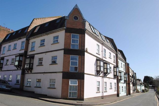 Thumbnail Flat to rent in Station Rd, Tenby, Tenant Find - Tenby, Pembrokeshire Tenant Find