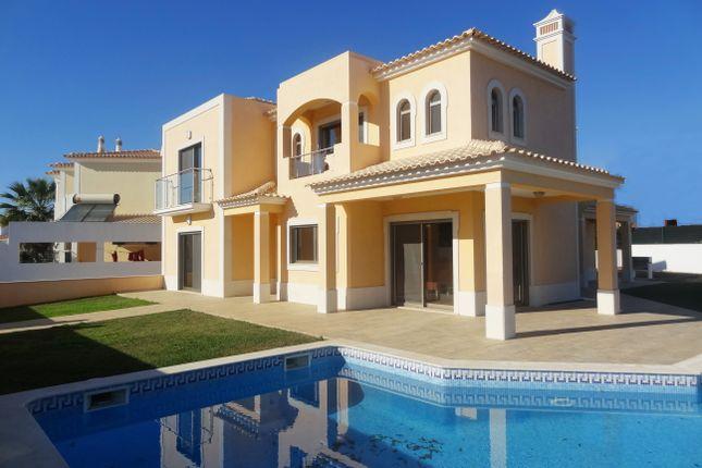 4 bed villa for sale in Guia, Albufeira, Portugal