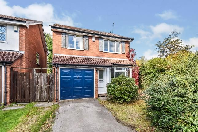 Approach of Oakenhayes Crescent, Minworth, Sutton Coldfield, . B76