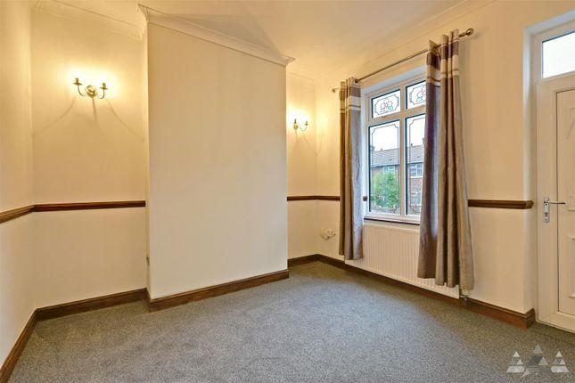Lounge of John Street, Brimington, Chesterfield, Derbyshire S43