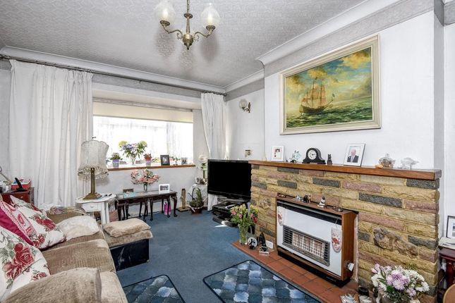 Living Room of Ashridge Way, Sunbury-On-Thames TW16