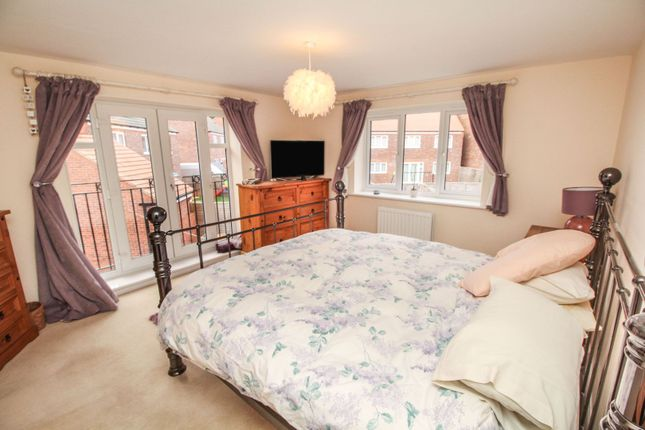 Master Bedroom of Falling Sands Close, Stour Valley Kidderminster DY11