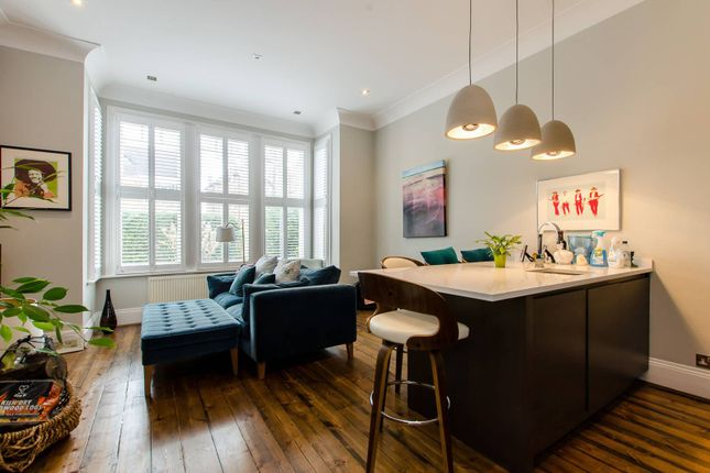 Thumbnail Flat to rent in King's Road, Richmond