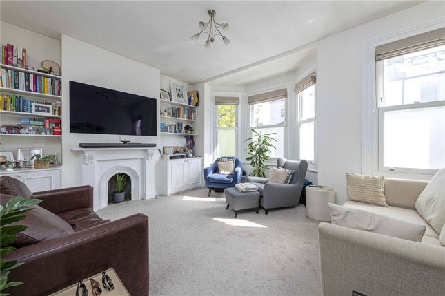 3 bed flat for sale in Hafer Road, London SW11