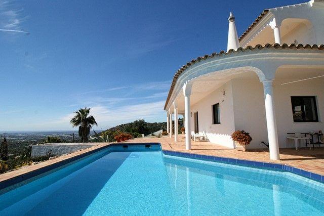 3 bed villa for sale in Portugal, Algarve, Estoi