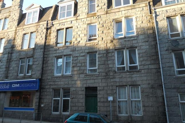 Thumbnail Flat to rent in Rosemount Place, Top Left