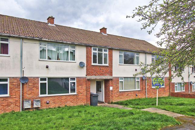 Thumbnail Flat to rent in Middlefield, Farnham