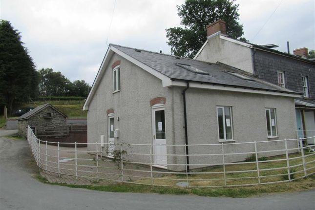 Thumbnail Cottage to rent in The Cow House, Llanbadarn Fynydd, Llandrindod Wells, Powys