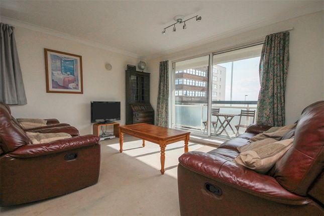 Thumbnail Flat to rent in Brighton Road, Worthing