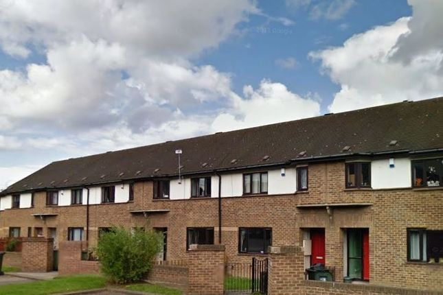3 bed terraced house to rent in Henry Street, South Bank, Middlesbrough TS6