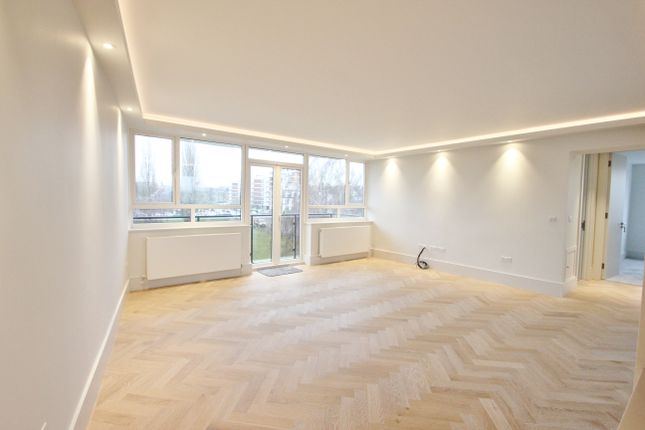 2 bed flat for sale in Chessington Lodge, Regents Park Road, Finchley