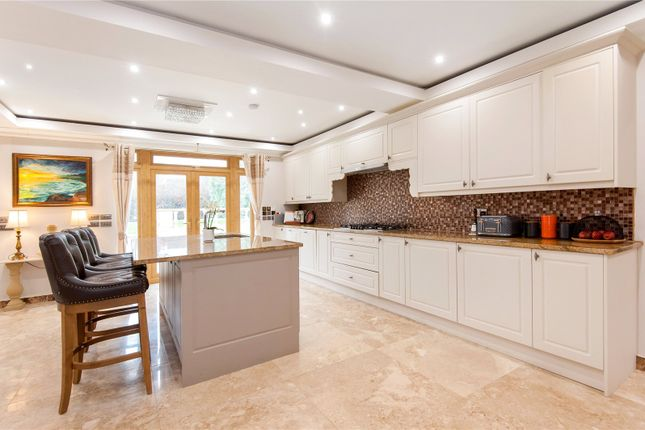 Picture No. 31 of Downs Way, Tadworth, Surrey KT20