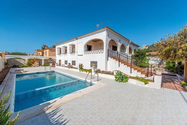 Villa for sale in Spain, Valencia, Alicante, Torrevieja