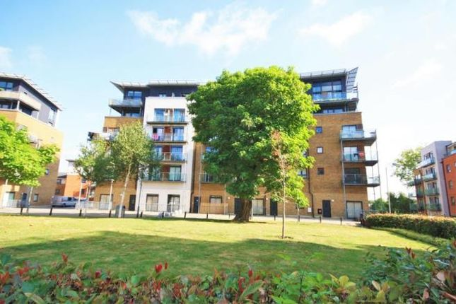 Thumbnail Flat to rent in Cherrywood Lodge, Birdwood Road, Hither Green