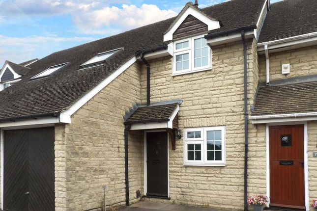 Thumbnail Terraced house to rent in Jacobs Close, Witney, Oxfordshire