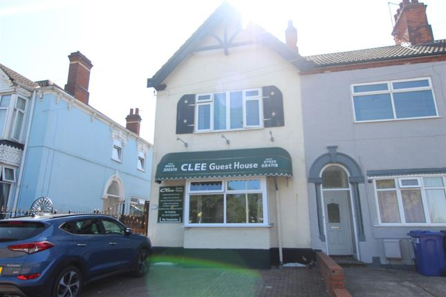 Thumbnail End terrace house for sale in Laromi Guest House, 7 Clee Road, Cleethorpes