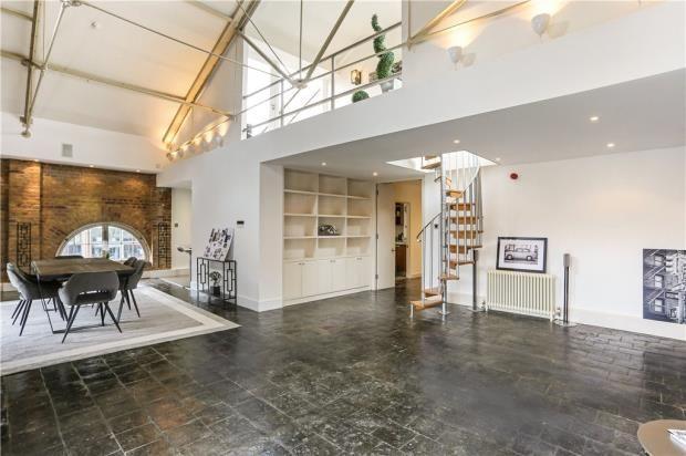 4 bed flat for sale in East Smithfield, London E1W