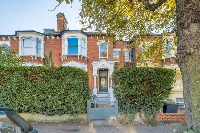 Thumbnail Flat to rent in Stapleton Hall Road, Stroud Green