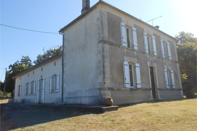 6 bed property for sale in Poitou-Charentes, Charente, Barbezieux Saint Hilaire