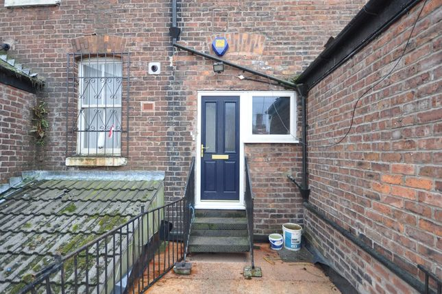 1 bed flat to rent in Wilbraham Road, Manchester