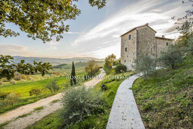 Farmhouses For Sale Todi, Umbria