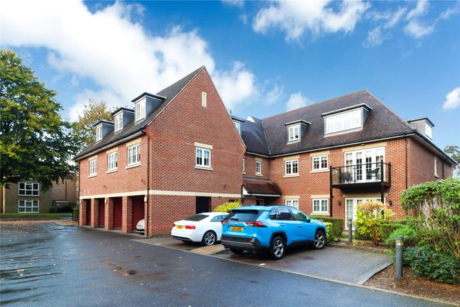 2 bed flat for sale in Woodgate Mews, Watford WD17
